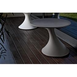 Tavolino basso in polietilene TOM
