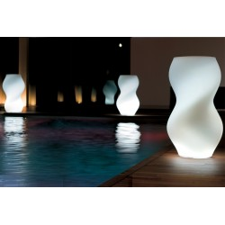 Vaso Twister lighting by 21st Twentyfirst LivingArt