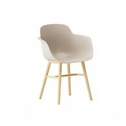Poltroncina Sicla gambe in legno by Infiniti Design