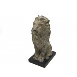 Scultura Leone con base by Royal Family Sheffield
