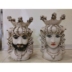 Coppia teste bianco invecchiate by Ceramica D'arte di Caltagirone